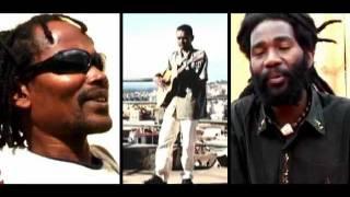 FODY LAHY MENA - Namavao/Marina and TheMagicPowers - Musique malgache/Malagasy music/Madagascar