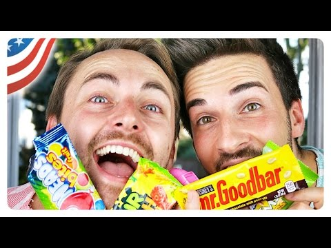 Italian & Irish couple tries AMERICAN CANDY (blindfolded) | marcoinabox
