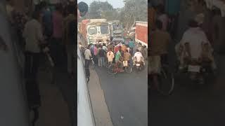 Bihat 🌇 me Dekhiye car or badi truk ka Bhari accident