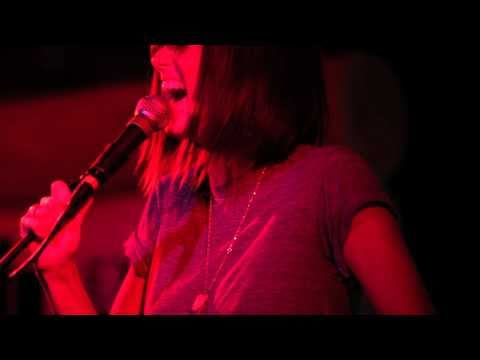 Phantogram - When I'm Small (Live on KEXP)