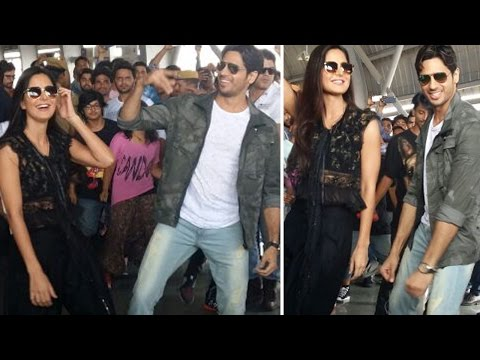 Sidharth Malhotra And Katrina Kaif Dance To Kala Chashma At Jaipur Station!