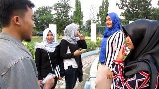 Weekend Movie - Jawaban Anak Muda Saat Ditanya Rukun Islam - Muda Muslim On The Street