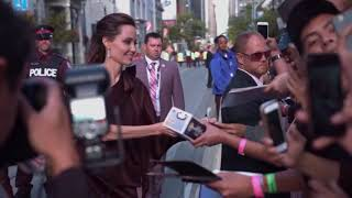 Анджелина Джоли. Творчество.