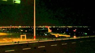 Schiphol_passeren KLM-vliegtuig_280112.avi