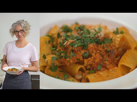 Turkey and Mushroom Bolognese Everyday Food with Sarah Carey