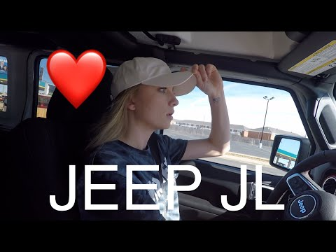 GORGEOUS GIRLFRIEND DRIVES THE NEW 2018 JEEP JL WRANGLER!