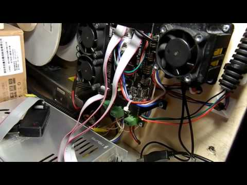 Тихие, но чахлые драйверы TMC2100 для 3D принтера.