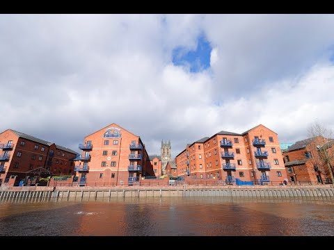 Leeds Waterfront & City Centre On Foot 4K March 2021
