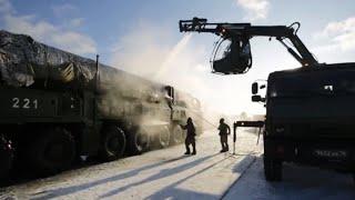 Военнослужащие РХБЗ испытали новейшую технику при обработке ракетного комплекса «Ярс»