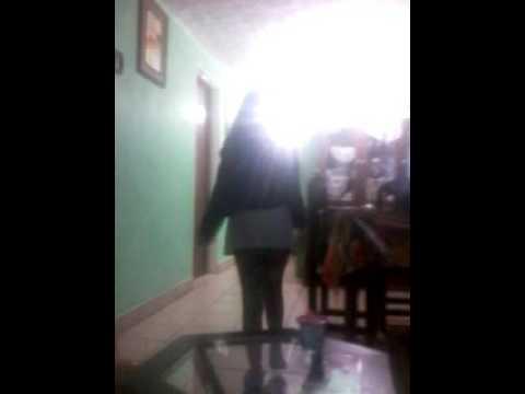 Una niña de 9 años bailando Jajaja