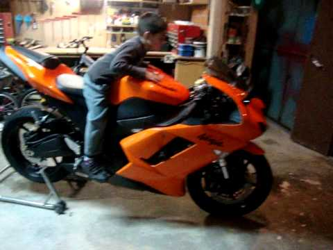 2007 Orange Kawa Ninja Zx6r