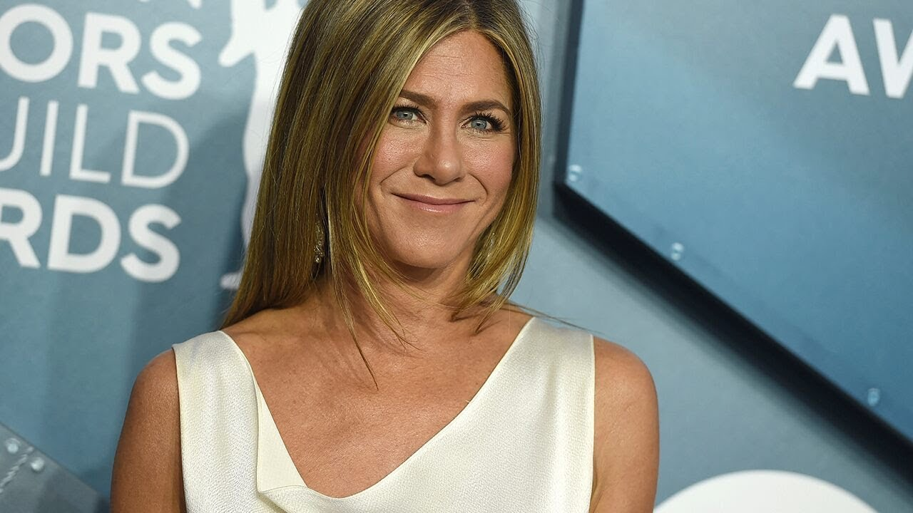 Jennifer Aniston wears sheer dress at SAG Awards: 'I wonder if [she ...