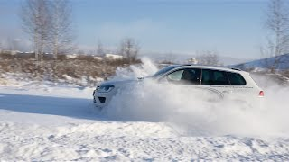 Тест драйв Volkswagen Touareg 3.6 249 л.с. / Испытание в снегу / Туарег на бездорожье(Тест драйв Volkswagen Touareg 2015 3.6 249 л.с. Test drive Volkswagen Touareg 2015 3.6 249 hp. Туарег 2015 тест драйв и ИСПЫТАНИЕ В ..., 2016-01-25T20:00:30.000Z)