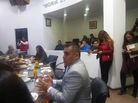 Fernando Martínez pide reparación de baches en Ecatepec