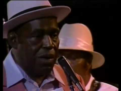 Willie Dixon - I Am The Blues [Full DVD]