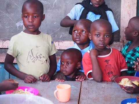 SEED School Breakfast and Performances - Kibera Slum (Nairobi, Kenya)