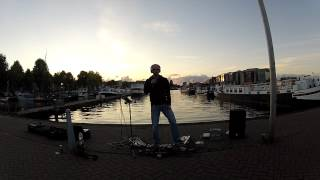 Beautiful Day, U2, Cover: For Edith & Stefan - livelooped in Amsterdam