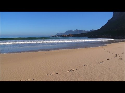 1 hour relaxation video of gentle ocean waves on a beach at sunrise - HD 1080P