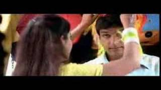 we r honeymoons marathi song from yanda kartvya ahe very goo