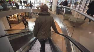 Netherlands, Stadshart Amstelveen winkelcentrum, 1X elevator, 1X escalator