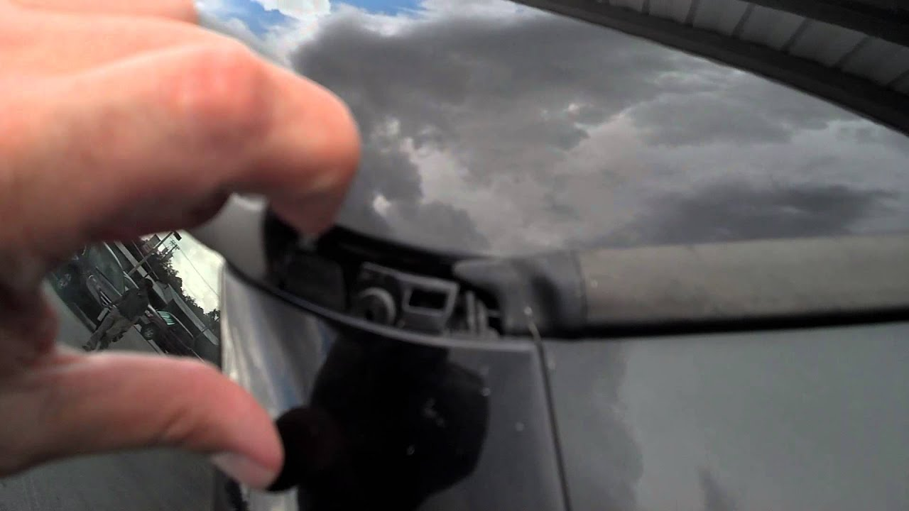 Upper Roof Drip Molding Rt Side Youtube