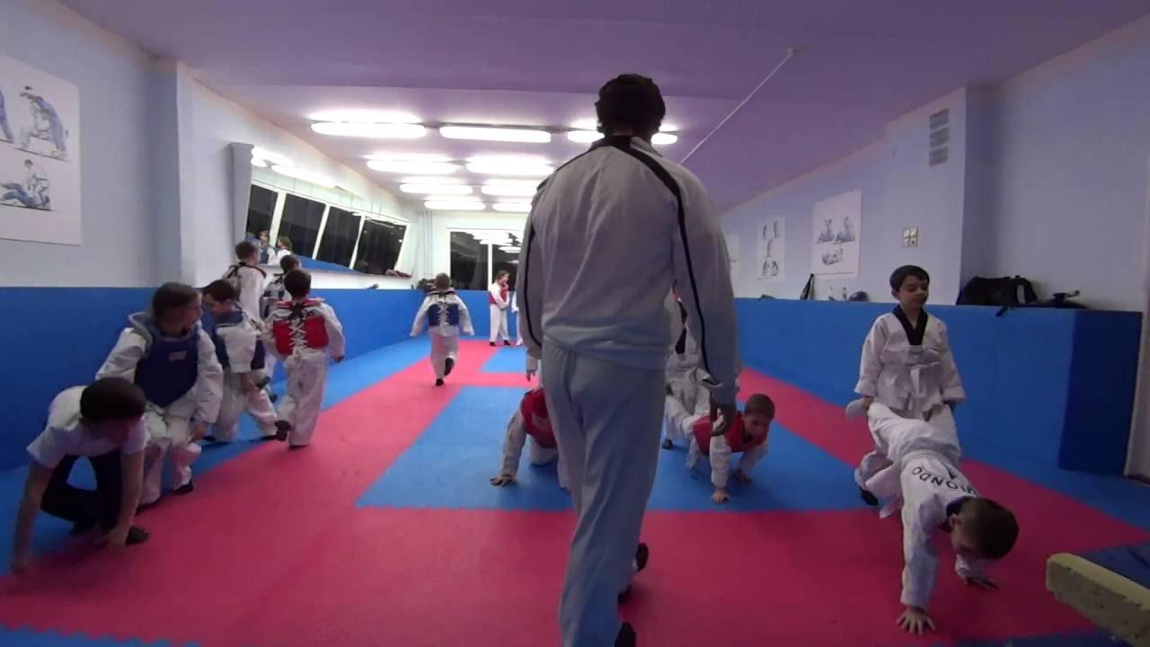 тренировка тхэквондо - YouTube