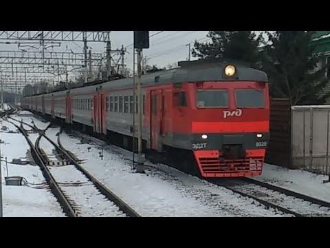 ЭД2Т-0029  ПРИНЯЛ ЭКСТРЕННОЕ ТОРМОЖЕНИЕ