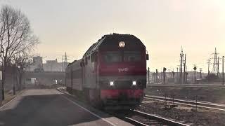 Тепловоз ТЭП70БС-279 с пригородным поездом Нижнекамск - Ижевск