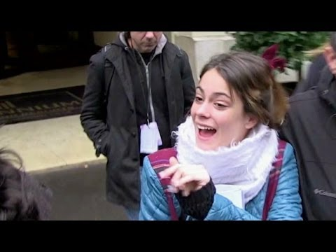 Martina Stoessel from VIOLETTA out of her hotel in Paris