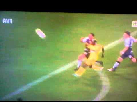 AMAZING GOAL- Lacina Traore - Anzhi Makhachkala vs Liverpool - 08/11/12