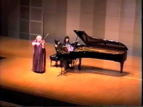 Tchaikovsky- Sentimental Waltz: Dora Schwarzberg (violin), Nanako Pohl (piano)