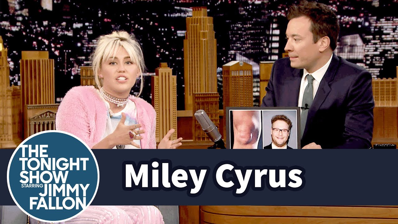 Miley Cyrus' Kneecap Looks Like Seth Rogen's Face