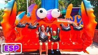 Vlad y Nikita en el parque de atracciones Sea World