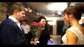 4. Вручение подарков. Поющий ведущий на свадьбу