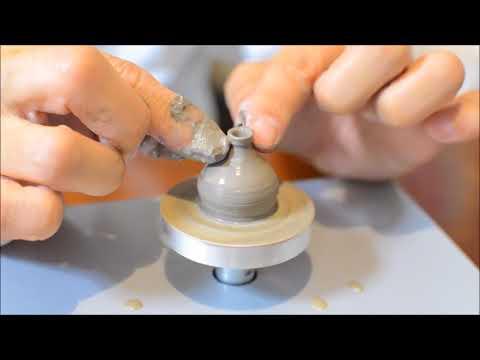 ゆびろくろで壺作り Mini Pottery wheel