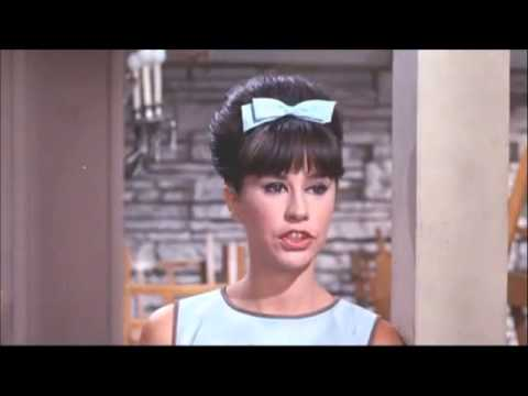 ASTRUD GILBERTO - THE GIRL FROM IPANEMA  (1964 with Stan Getz & 1988 ZDF Jazz Club)
