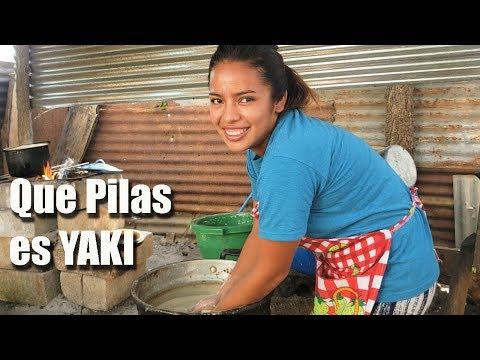 Yaki Prepara La Masa De Tamales Para el CUMPLEAÑOS DE DANI 1/2
