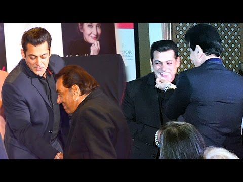 Salman Khan Shows Respect To Senior Actors Dharmendra & Jeetendra - Watch What Happens Next