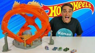 Hot Wheels Fireball Crash Track Set !    Toy Review    Konas2002