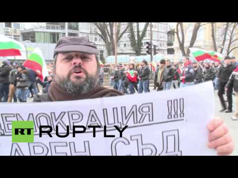 Bulgaria: Bulgarians demand direct democracy from all politicians