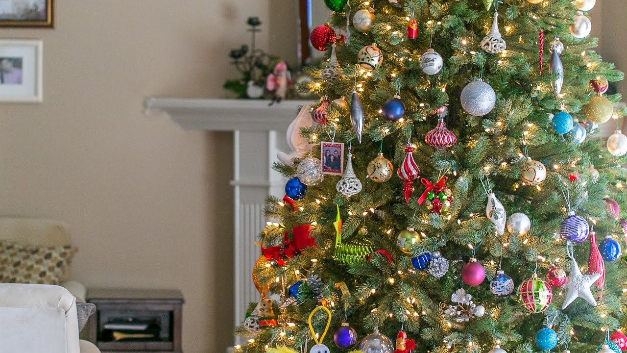 taking down the christmas tree time lapse 2014 - When To Take Down Christmas Tree