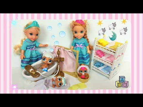 Anna and Elsa Toddlers Evening Routine -...