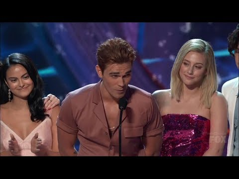 Riverdale Wins Choice Drama TV Show | Teen Choice Awards 2018