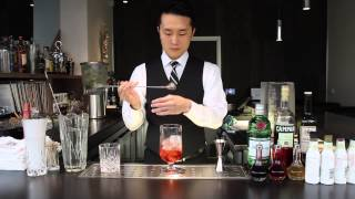 Seong Ha Lee Makes a Smoked Negroni