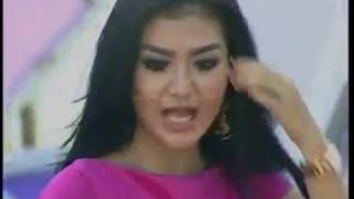 "Duo Racun Youbi Sister "" Cinta Terbaik ""  - Gentara Bandung (18/12)"