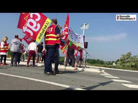 VIDÉO. Manifestation devant le futur hôpital de Faye-l'Abbesse