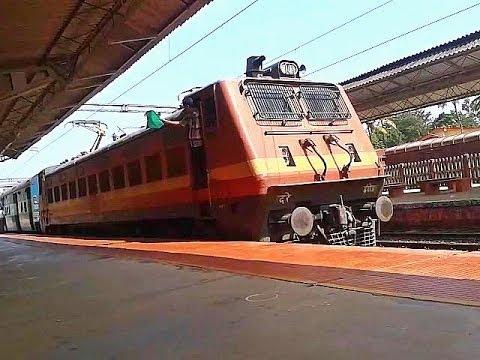 ED WAP4 Guruvayur-Punalur Passenger brakes Tiruvalla
