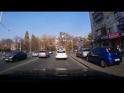 Kiev. Life in traffic jams (art house film)
