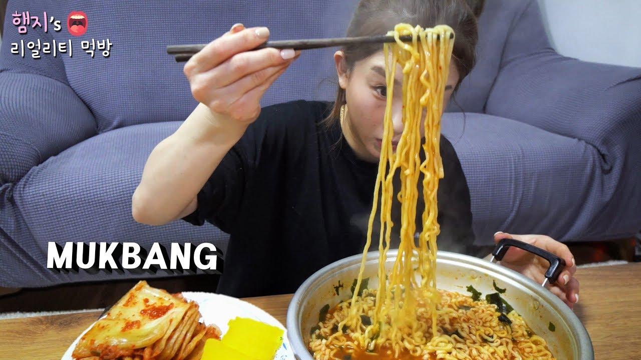 리얼먹방:) 라죽으로 해장하기★라면은 거들뿐 (ft.단무지,김치)ㅣSpicy Ramen & KimchiㅣREAL SOUNDㅣASMR MUKBANGㅣEATING SHOWㅣ