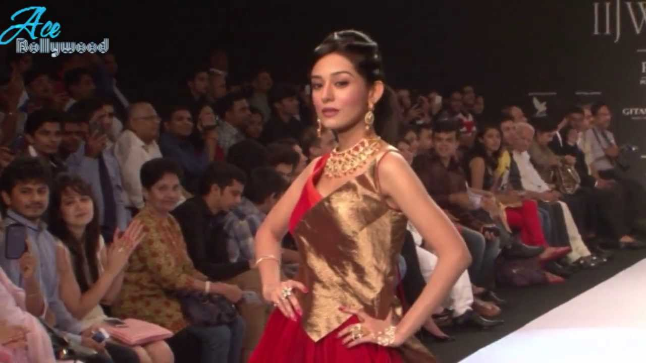 Buy Agni rao for amrita jewellers at iijw picture trends